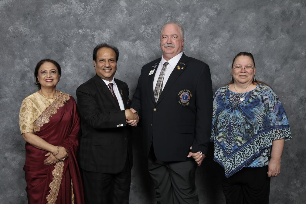 Lion Navita Aggarwal, International President Dr. Naresh Aggarwal, DG Mark Stevens and Lion Dawn Stevens