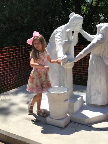 On August 18, 2017 prior to the ceremony, London Claire Gober, 6 years old, Trophy Club, Texas made the first official wish and tossed a coin into the bucket which also serves as a wishing well.