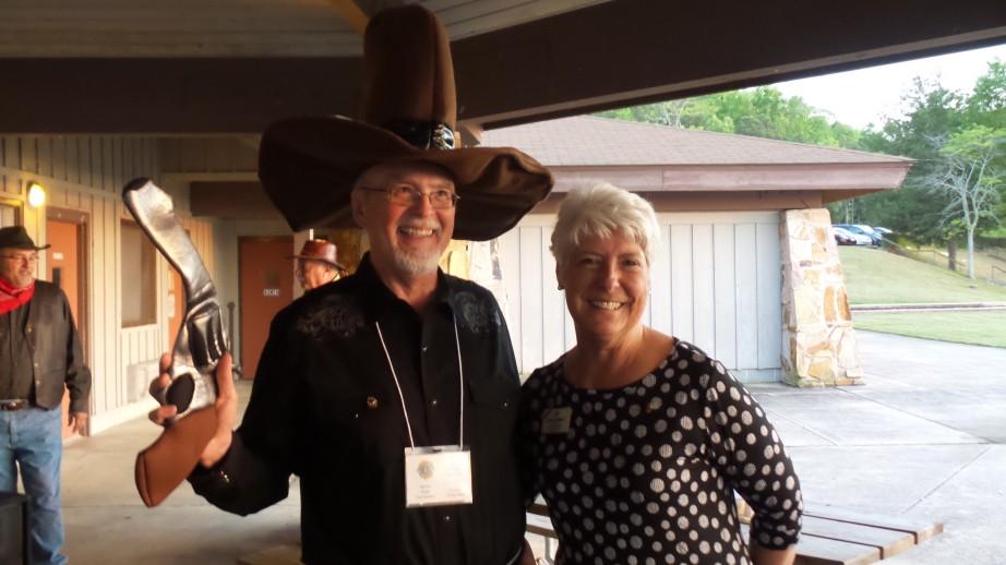1st VDG Mark Aldridge with Donna Townsend