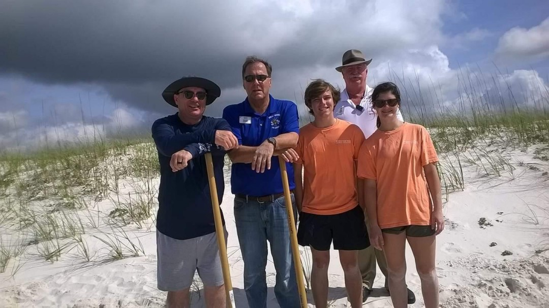Service project - Planting Sea Oats